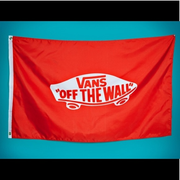 a28a4250d59 Vans off the wall Flag Banner New!!
